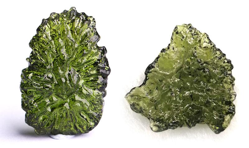 【偽物】モルダバイト原石の偽物